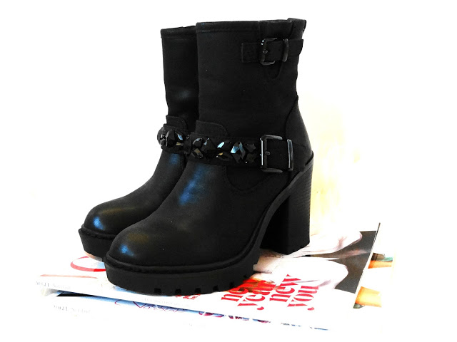 NEW IN ♥ ZWARTE BIKERBOOT STRASS