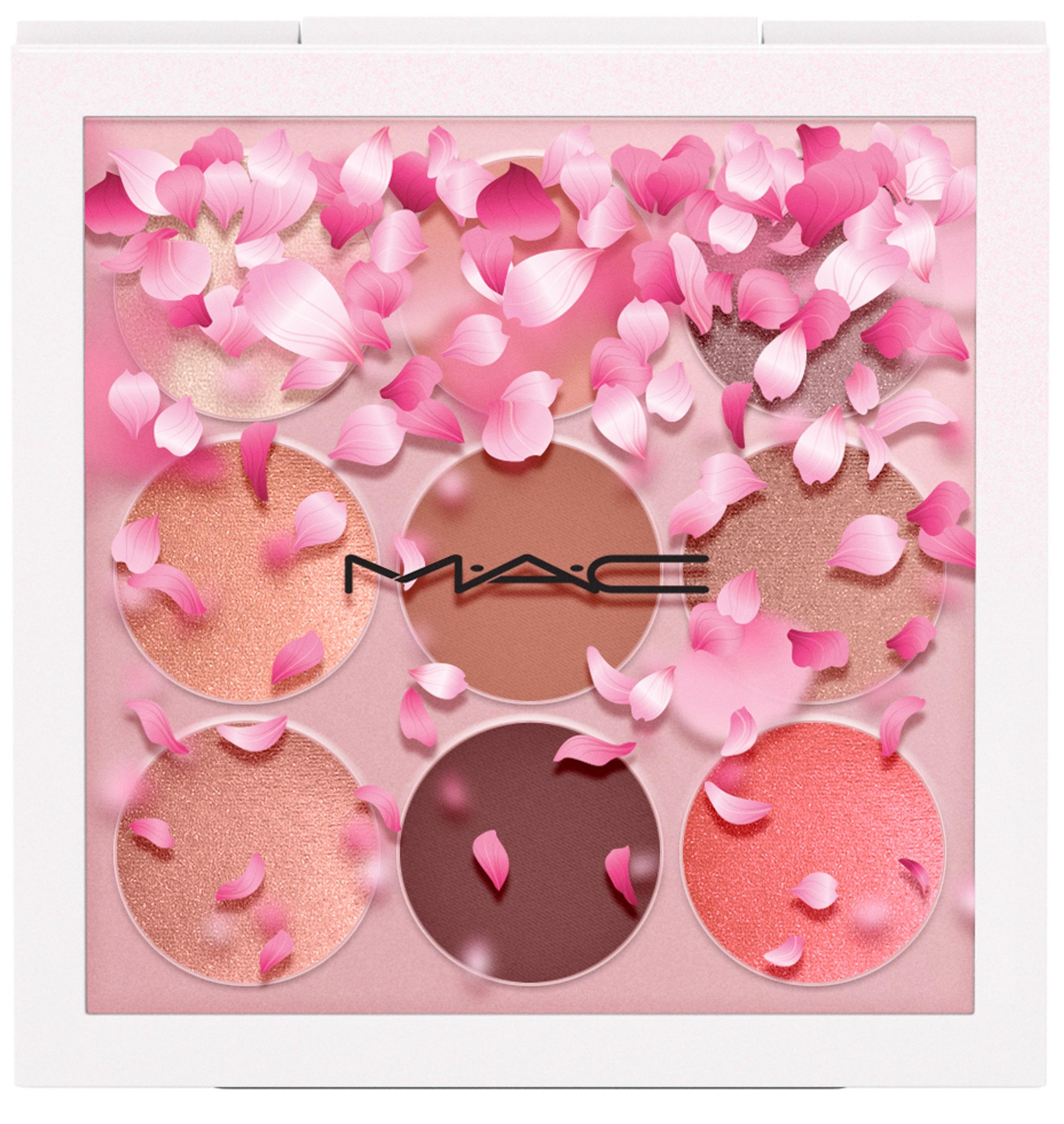 MAC_BoomBoomBloom_EyeShadowX9_KabukiDoll_white_39,50EUR_300dpi_3
